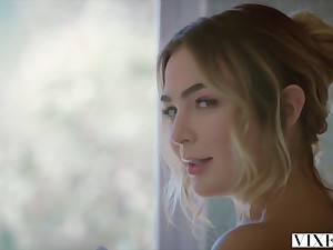 VIXEN Kendra Sunderland and Blair Williams Truck garden a Cock