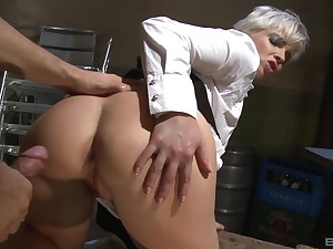 Short haired kermis waitress Katy Sweet gets her asshole fucked