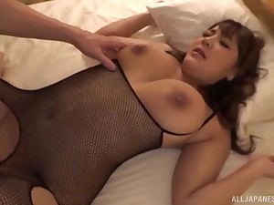 Well-endowed Japanese in fishnets Housaki Yua rides a cock doggy style