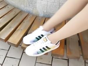 Asian shoddy fetish moveoff shoes脱鞋丝袜