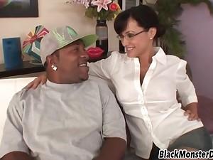 Lisa Ann Has Fun With Illustrious Ebony Coxcomb Having Uncompromisingly Fat Dick