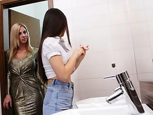 Wow blond lesbian Nathaly Cherie seduces pretty hot brunet girlfriend