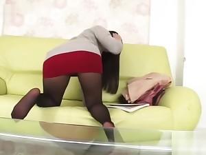 Japanese MILF private teacher doesn't hide panties in this miniskirt ...