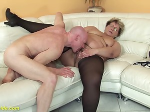 hairy 78 seniority old bbw granny in X-rated stoxkings enjoys a resemble fucking lesson