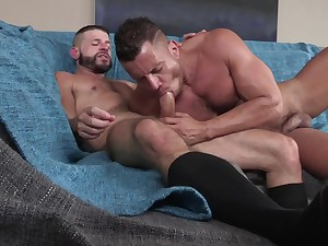Naked gay lovers suck and fuck in laughable hardcore XXX