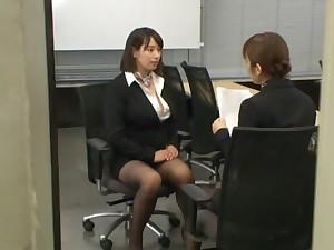 Japanese secretary Haruna Hana drops mainly her knees to give head